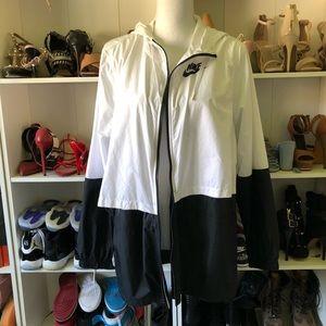 Nike white black windbreaker jacket sz XL
